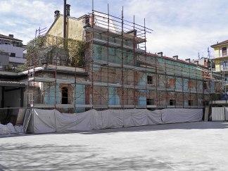 Refettorio Ambrosiano: il cantiere visto dal cortile della parrocchia