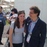 """Una delle nostre """"testimonial"""", Irene, con Sergio Malacrida, uno dei responsabili dell'Edicola"""