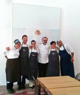 David Hertz e il team Gastromotiva con Massimo Bottura